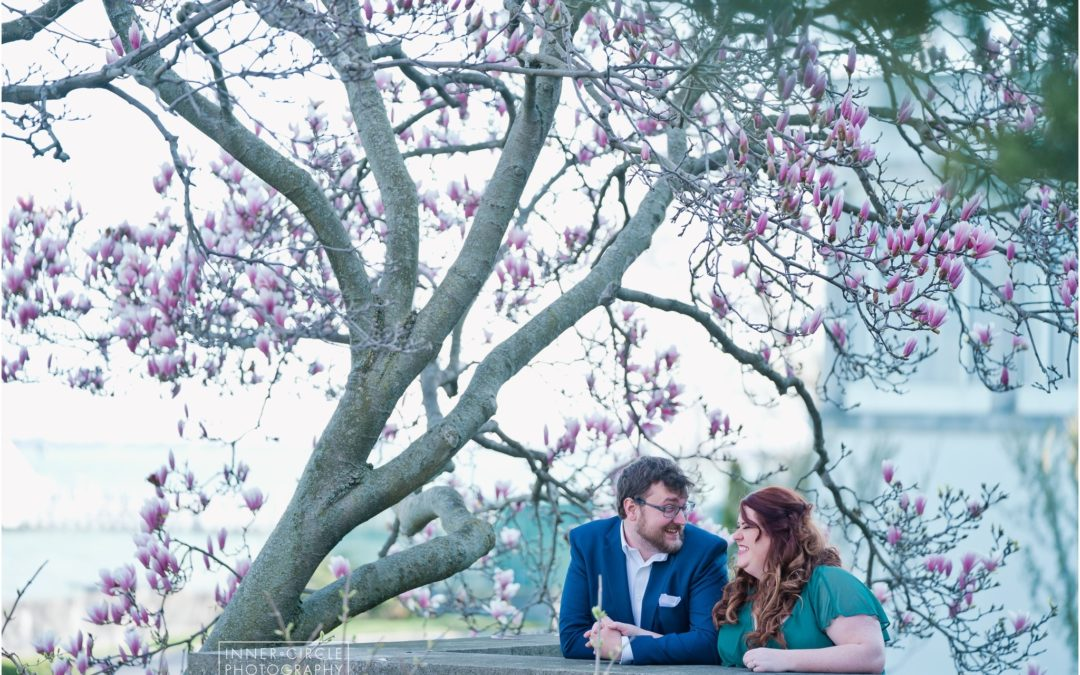 Cody + Emily :: Spring Engagement – Grosse Pointe War Memorial
